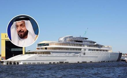 world-largest-yacht-azzam